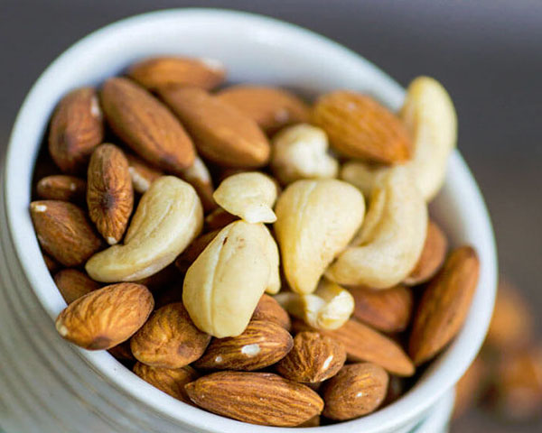 Cashews-And-Almonds