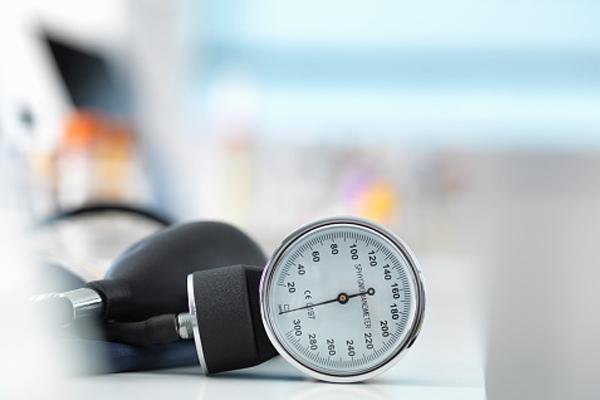 Monitor-Blood-Pressure